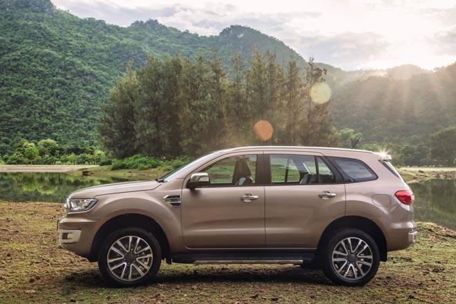 Ford Everest 2019 chính thức ra mắt, giá bán từ 910 triệu đồng - 16
