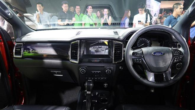 Ford Everest 2019 chính thức ra mắt, giá bán từ 910 triệu đồng - 13