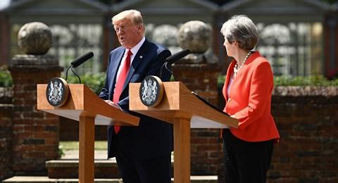 TT Trump tuyên bố Mỹ cứng rắn với Nga hơn bất kỳ quốc gia nào - 1