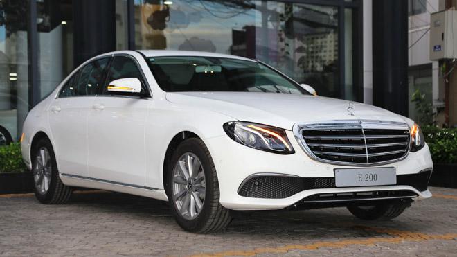 Mercedes E200 2018 bản nâng cấp lộ diện tại Việt Nam: Giá từ 2,099 tỷ đồng - 1