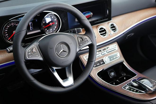 Mercedes E200 2018 bản nâng cấp lộ diện tại Việt Nam: Giá từ 2,099 tỷ đồng - 9