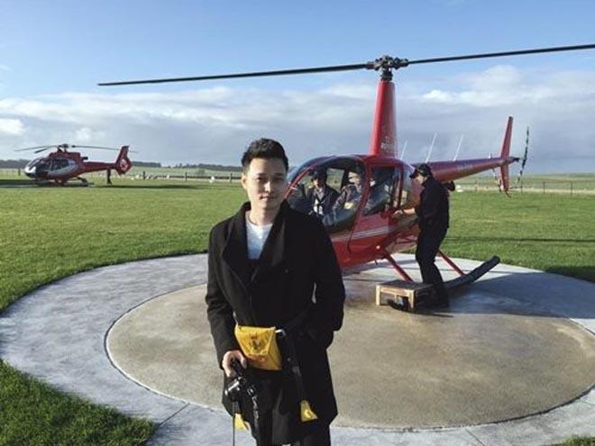 Quang Vinh U40 điêu đứng vì Nguyễn Kim: Gia thế khủng, sống sang chảnh vẫn một mình - 9