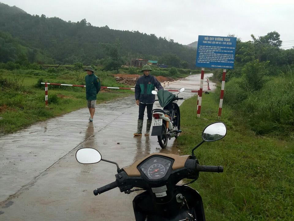 Mưa dồn dập vì bão số 3, lũ dâng cao khắp nơi ở Quảng Ninh - 9