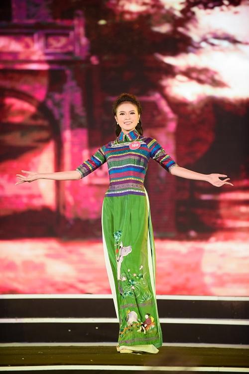 Chung khảo Hoa hậu VN: Lộ diện 25 cô gái tài sắc nhất miền Bắc - 3