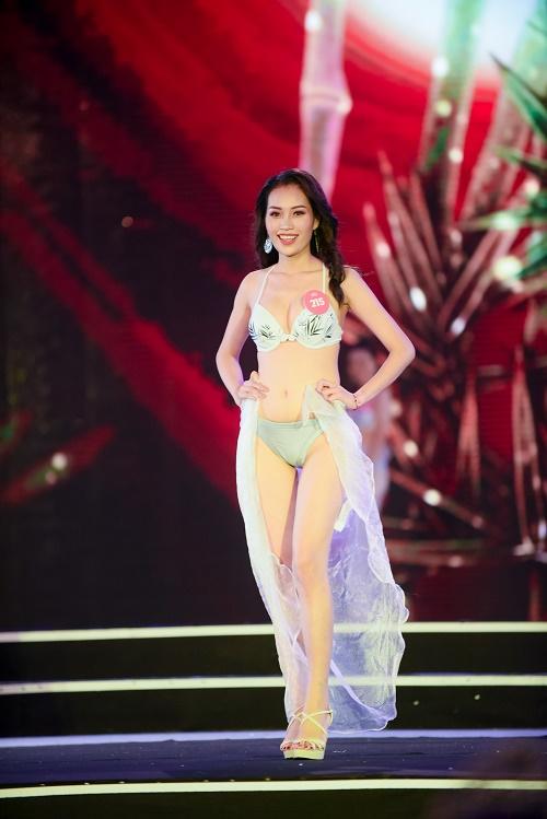 Chung khảo Hoa hậu VN: Lộ diện 25 cô gái tài sắc nhất miền Bắc - 8
