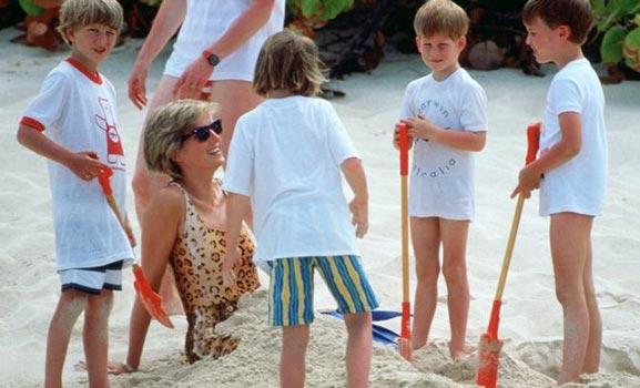 Hàng thập kỷ đã qua,cách dạy con của Công nương Diana vẫn được thế giới học tập - 8