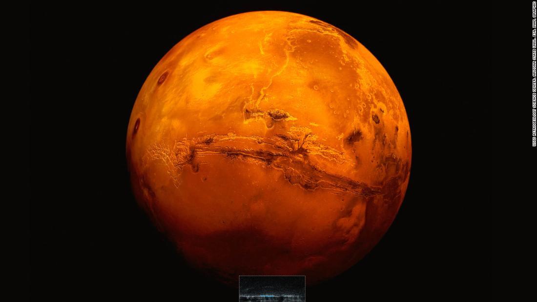 Lần đầu phát hiện hồ nước lỏng 20km trên sao Hỏa, hứa hẹn có sự sống - 1