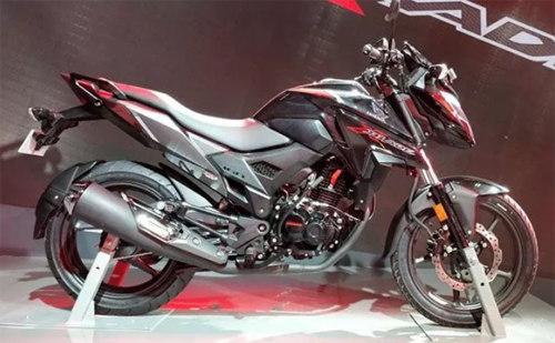 """Honda X-Blade 160: """"Giá mềm"""", đối thủ nặng ký của Suzuki Gixxer 150 - 1"""