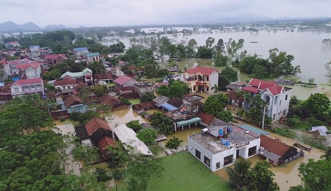 Toàn cảnh ngập lụt kinh hoàng ở Chương Mỹ nhìn từ flycam - 9