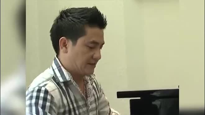 """MC triệu đô Quyền Linh và chuyện tình với nữ đại gia """"bí ẩn"""" nhất showbiz"""