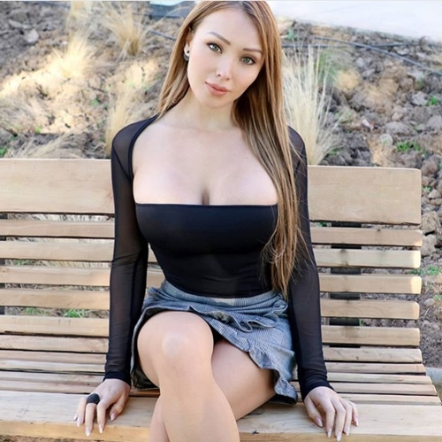 Tình một đêm khiến Irina Shayk chia tay CR7 nổi đoá vì bị chê mặc hở hang - hình ảnh 5
