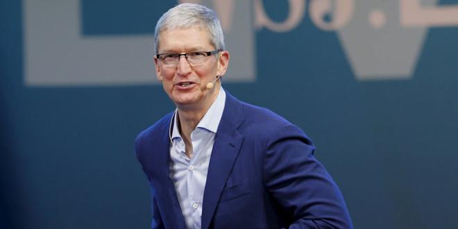 CEO Tim Cook nói gì khi Apple trở thành tập đoàn nghìn tỷ USD