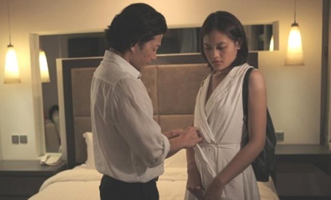 """Cảnh nóng sập giường, thật như đời khiến mỹ nhân Việt """"gặp hoạ"""" - hình ảnh 11"""