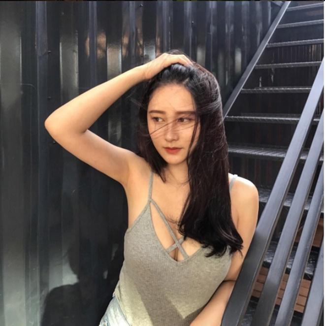 """Mỹ nữ gốc Việt gây """"náo loạn"""" tại sự kiện ở Đài Loan vì quá sexy - hình ảnh 9"""