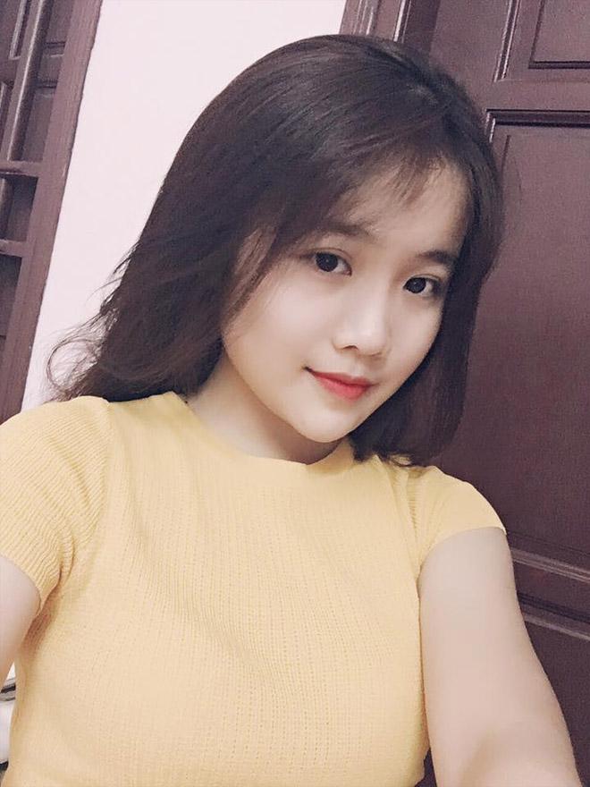 Văn Hậu U23 lập siêu phẩm, bạn gái xinh như hot girl bị săn lùng - hình ảnh 6