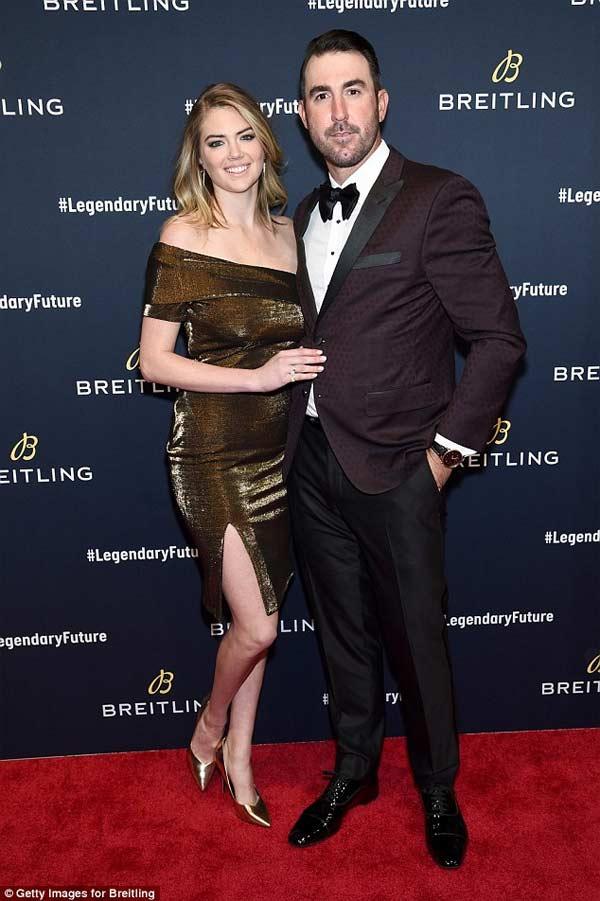 Mang thai con đầu lòng, Kate Upton vẫn đẹp nghẹt thở khi mặc nội y - hình ảnh 9