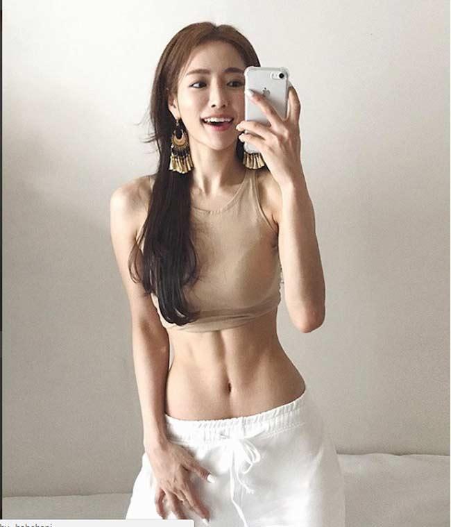 """Những """"cô gái Hàn trong mơ"""" sở hữu rãnh bụng sâu hun hút - hình ảnh 11"""