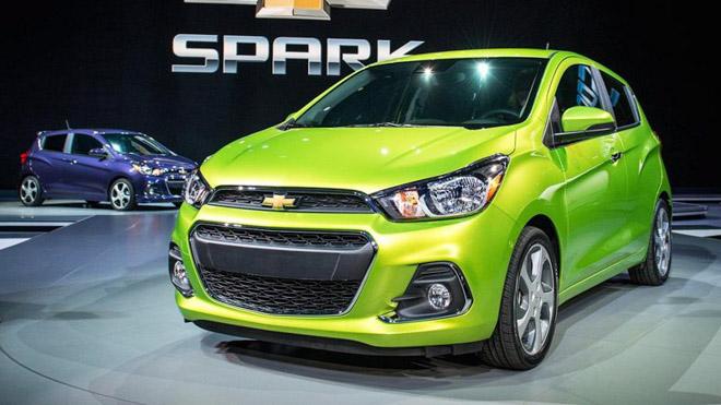 Giá xe Chevrolet cập nhật tháng 9/2018: Chevrolet Colorado giá đề xuất từ 651 triệu đồng - 1