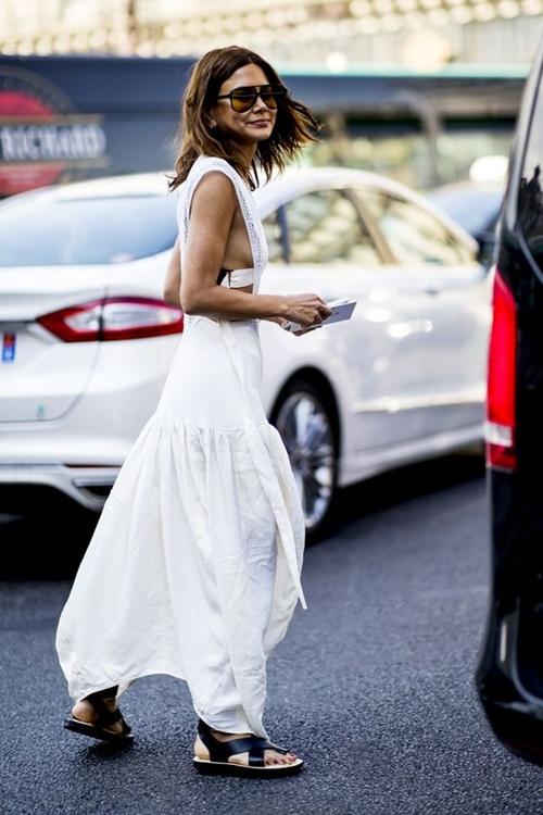 """""""Nghiện"""" mặc đồ trắng nhất định phải dắt túi 4 bí quyết này - hình ảnh 9"""
