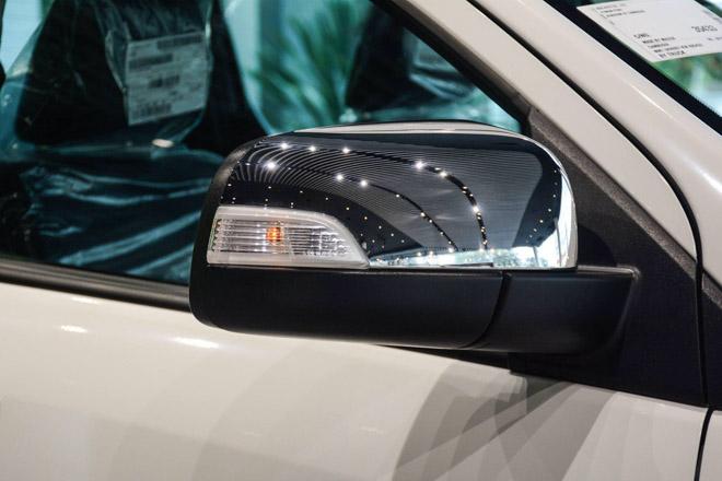 Ảnh thực tế Mazda BT-50 2018 mới tại đại lý - 7