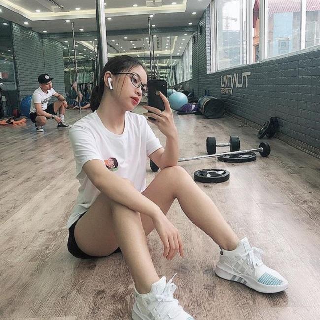 Bạn gái xinh như mộng, sành điệu của Duy Mạnh, Quang Hải U23 VN - hình ảnh 10