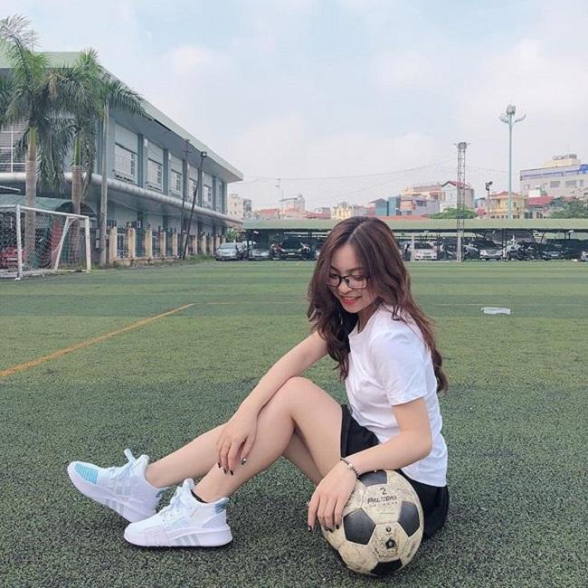Bạn gái xinh như mộng, sành điệu của Duy Mạnh, Quang Hải U23 VN - hình ảnh 11
