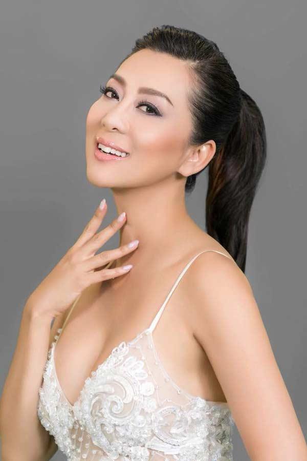 Sự thật đằng sau vẻ đẹp U50 của nữ MC hot nhất hải ngoại? - hình ảnh 4