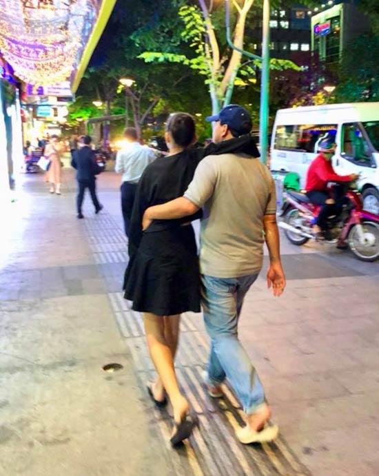 """Giàu nứt đố đổ vách, Quyền Linh, Trường Giang, Mr Đàm vẫn mê """"tổ ong huyền thoại"""" - hình ảnh 4"""