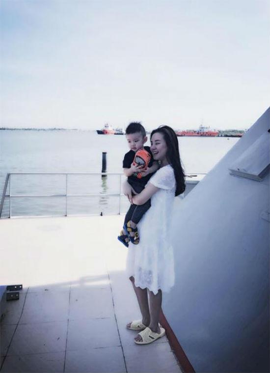 """Giàu nứt đố đổ vách, Quyền Linh, Trường Giang, Mr Đàm vẫn mê """"tổ ong huyền thoại"""" - hình ảnh 11"""
