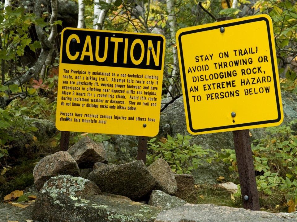 11 địa điểm nguy hiểm chết người vẫn hút vạn du khách - hình ảnh 2