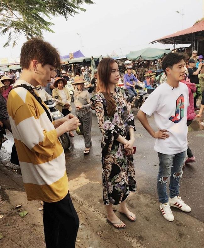 Điểm danh đội mỹ nhân Việt thích mặc sexy xuống phố gây tắc đường - hình ảnh 7