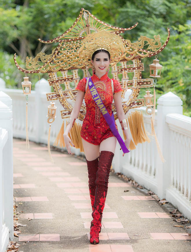 Những lần mặc áo dài gây tranh cãi của Mai Phương Thúy và sao Việt - hình ảnh 2