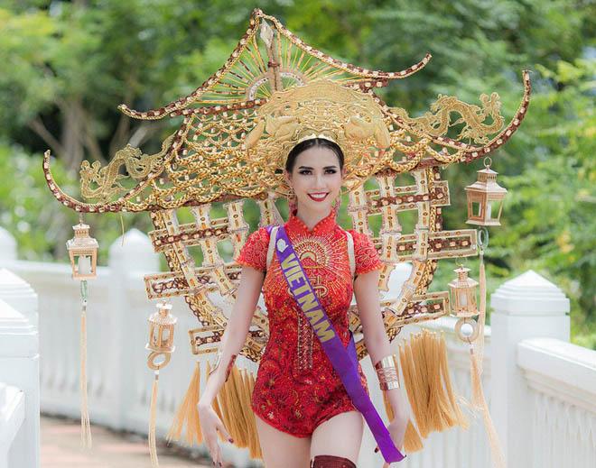 Những lần mặc áo dài gây tranh cãi của Mai Phương Thúy và sao Việt - 1