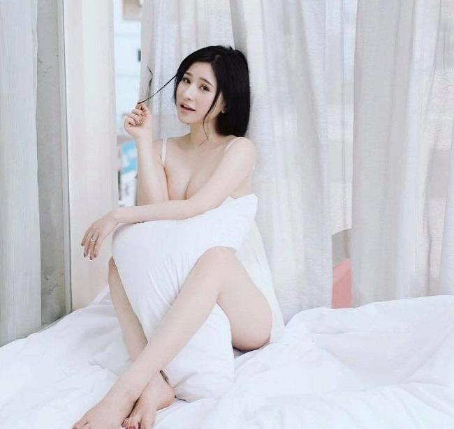 Vợ cũ Hồ Quang Hiếu, Phan Thanh Bình mê mặc váy áo gợi cảm sau đổ vỡ hôn nhân - hình ảnh 4