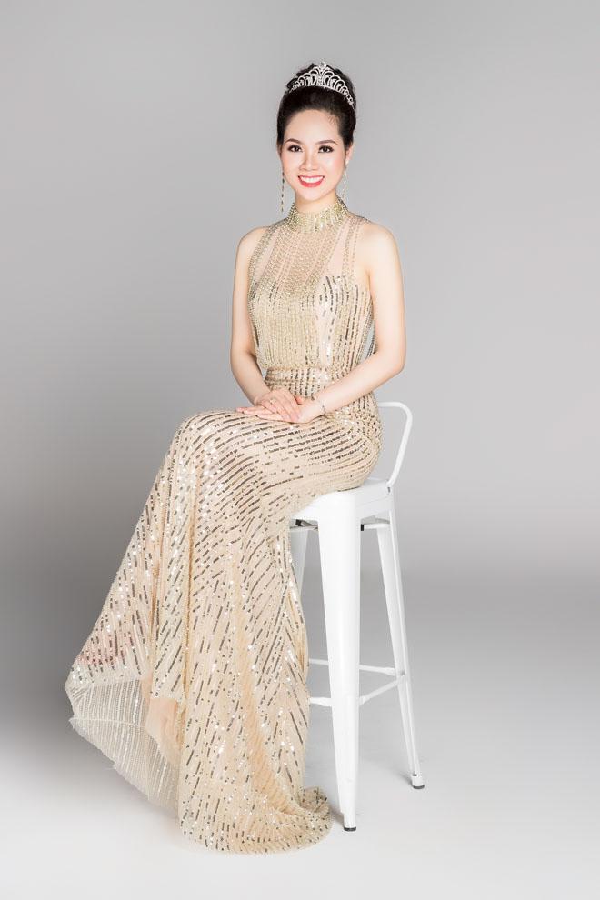 Hoa hậu VN từ đời đầu đến đương kim khoe sắc nghiêng thành - hình ảnh 7