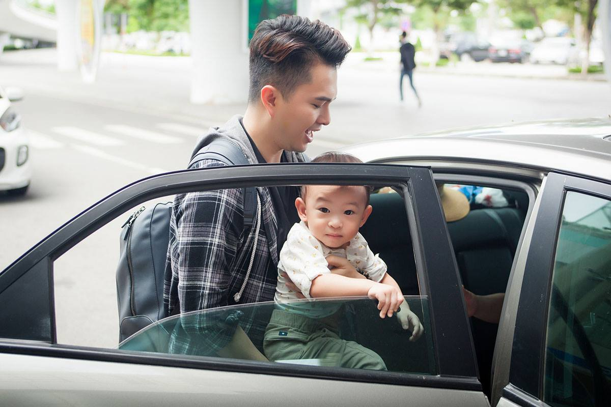 Nam Cường lần đầu công khai con trai 2 tuổi với vợ hot girl - hình ảnh 7