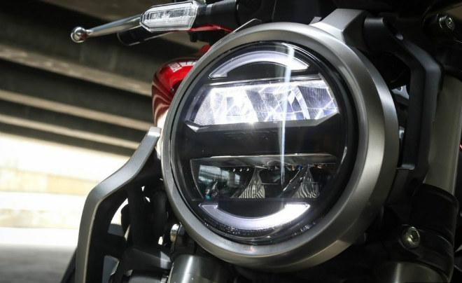 Đánh giá toàn diện 2018 Honda CB300R giá 102 triệu đồng - 2