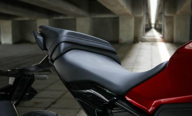 Đánh giá toàn diện 2018 Honda CB300R giá 102 triệu đồng - 10