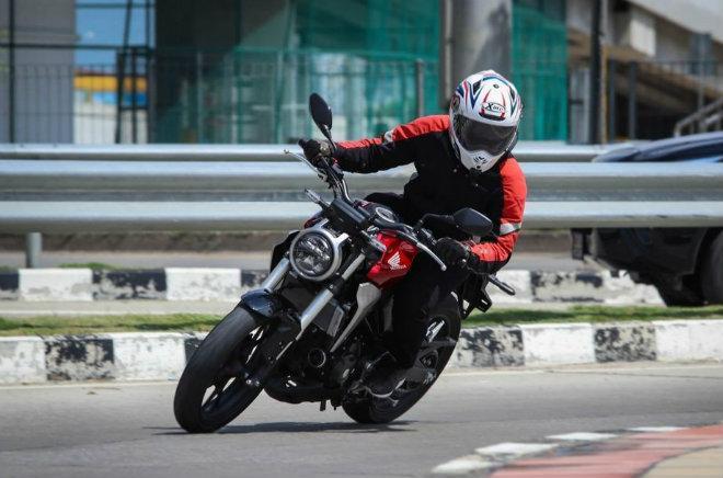 Đánh giá toàn diện 2018 Honda CB300R giá 102 triệu đồng - 12