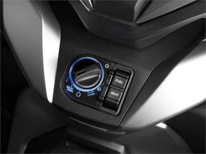 Chi tiết 3 màu, thông số, giá bán xe ga mới Honda Forza 250 - 4