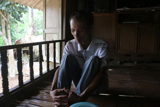 Vụ 42 người 1 xã nhiễm HIV: Vợ y sĩ nói gì về việc chồng bị nghi dùng chung kim tiêm? - 2