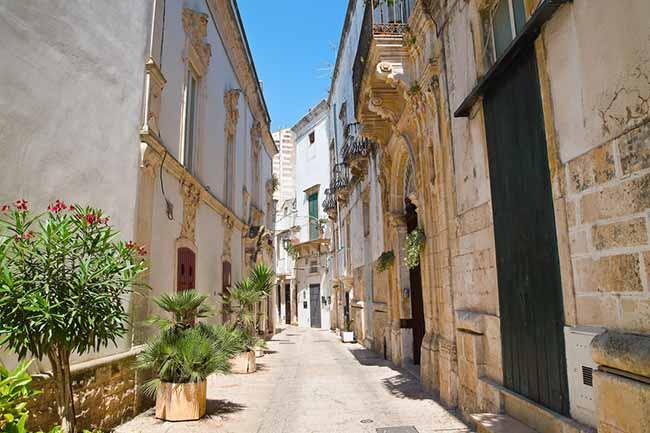 10 thị trấn đẹp nhất nước Ý khiến du khách xiêu lòng - 10