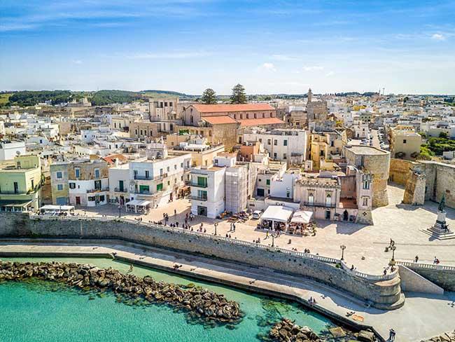 10 thị trấn đẹp nhất nước Ý khiến du khách xiêu lòng - 4