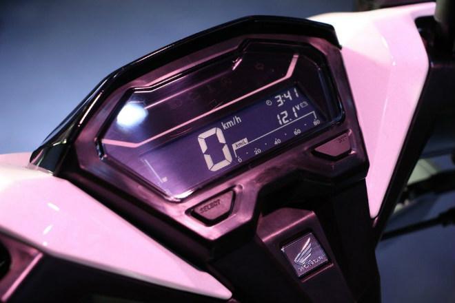 Đánh giá toàn diện 2018 Honda Click 150i giá 42 triệu đồng - 3