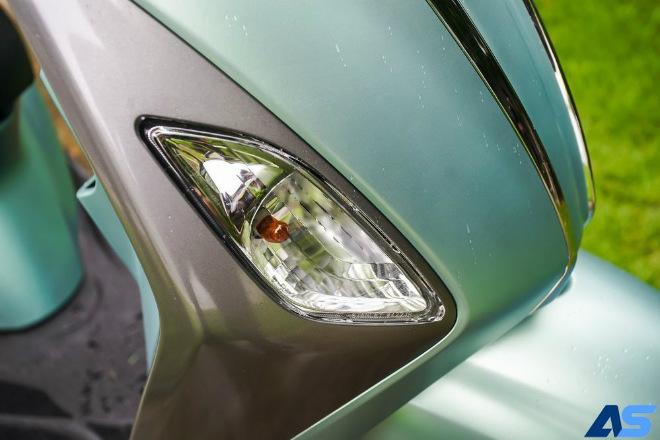Đánh giá toàn diện Yamaha Grande Hybrid xanh ngọc bích - 2