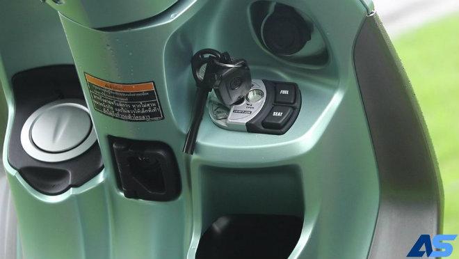 Đánh giá toàn diện Yamaha Grande Hybrid xanh ngọc bích - 8