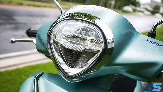Đánh giá toàn diện Yamaha Grande Hybrid xanh ngọc bích - 4