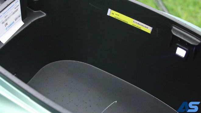 Đánh giá toàn diện Yamaha Grande Hybrid xanh ngọc bích - 9