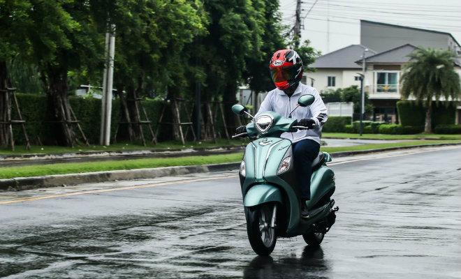 Đánh giá toàn diện Yamaha Grande Hybrid xanh ngọc bích - 14