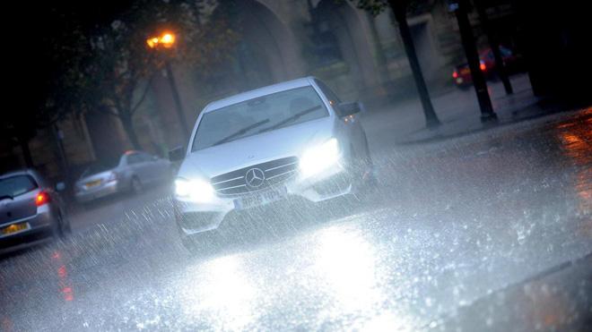 5 Lưu ý cần nhớ khi lái xe trong mùa mưa - 4
